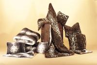 Kniedecke -Hermelin oder Leopard-