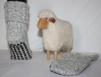 Starke Schafwollsocken mit Antirutschnoppen